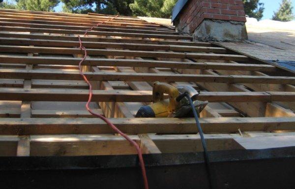Screenshot_1-600x386 Монтаж крыши своими руками – подробная инструкция от Центра Мастеров Кровли