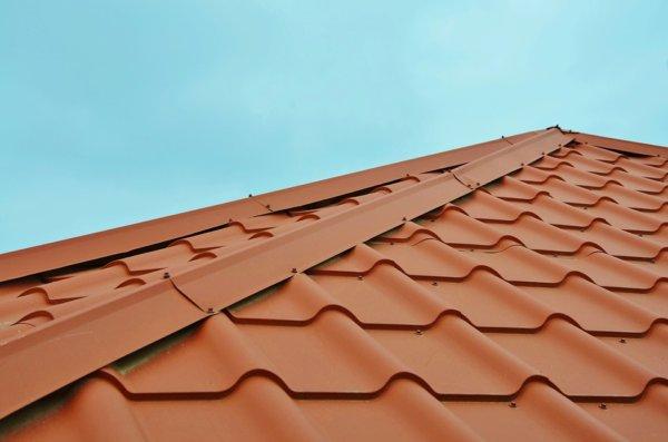 roof-2587752_960_720-1-600x397 Монтаж крыши своими руками – подробная инструкция от Центра Мастеров Кровли