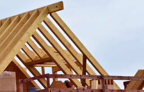 roof-truss-3339206_960_720-600x386 Монтаж крыши своими руками – подробная инструкция от Центра Мастеров Кровли