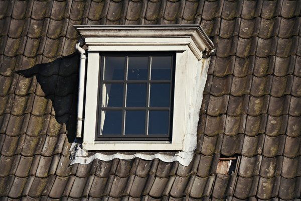 dormer-window-3956373_960_720-600x400 Ремонт и реконструкция кровли своими руками - подробная инструкция от ЦМК