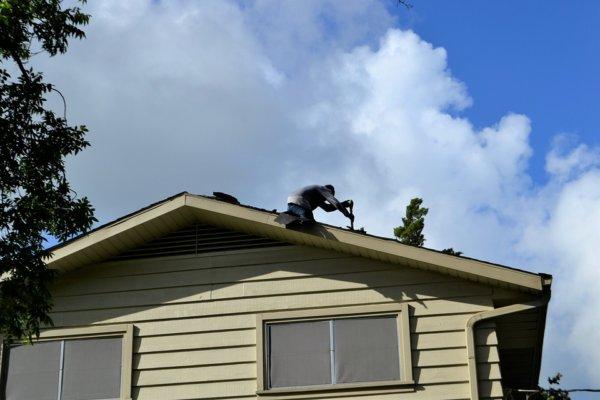 roofing-3755606_960_720-600x400 Ремонт и реконструкция кровли своими руками - подробная инструкция от ЦМК